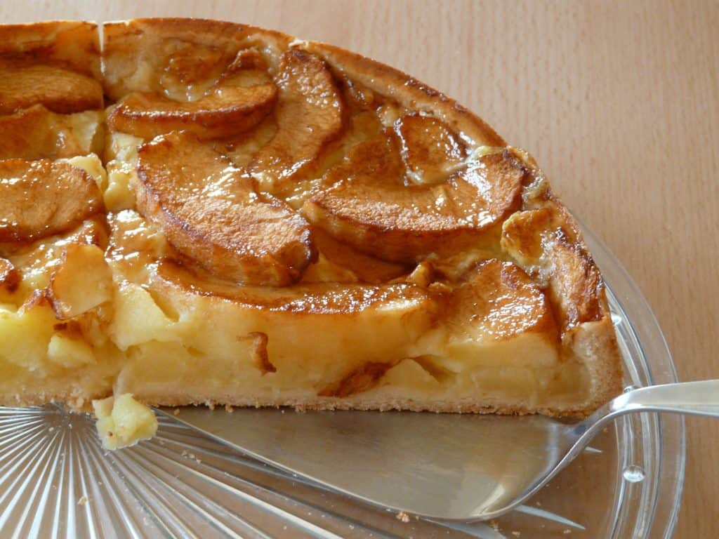 How To Make Traditional Apple Pie